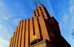 Zobacz klasztor i kościół franciszkanów w Gdyni