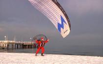 Św. Mikołaj wylądował na plaży w Brzeźnie