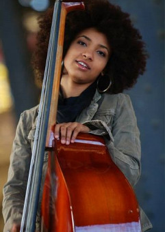 Solidarity Of Arts: Esperanza Spalding +