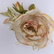 Warsztat - róża vintage z foamiranu