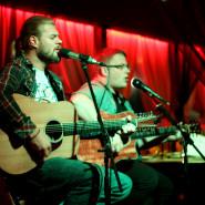 Czwartkowe wieczory z muzyką na żywo - Duo Acoustic