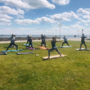 Darmowa joga na bulwarze w Gdyni