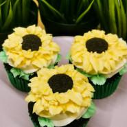 Warsztaty cukierniczo-artystyczne Muffiny słoneczniki i wiosenne, kolorowe drzewka