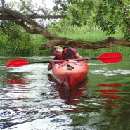 Szybki popołudniowy spływ kajakowy rzeką Redą