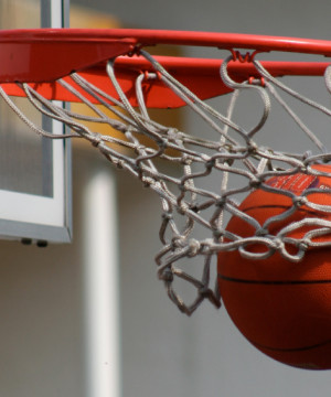 Koszykówka: TREFL Sopot - HydroTruck Radom (bez publiczności)