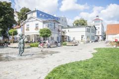 Skwer przy fontannie Jasia Rybaka