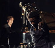 An encounter of improvised music and dance -