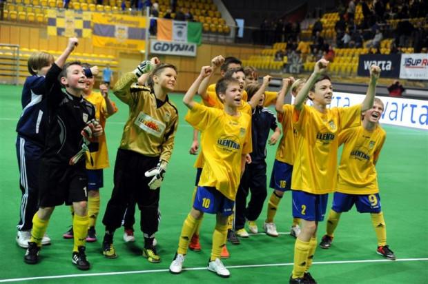 11-latkowie Arki uplasowali się na piątym miejscu, wyprzedzając wiele drużyn złożonych z piłkarzy starszych od siebie.