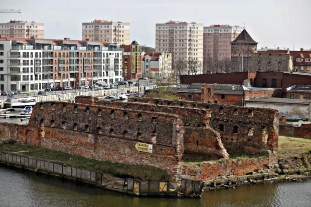 Gdańsk planuje w tym roku wykonać iluminację dla ruin spichlerzy na Wyspie Spichrzów.
