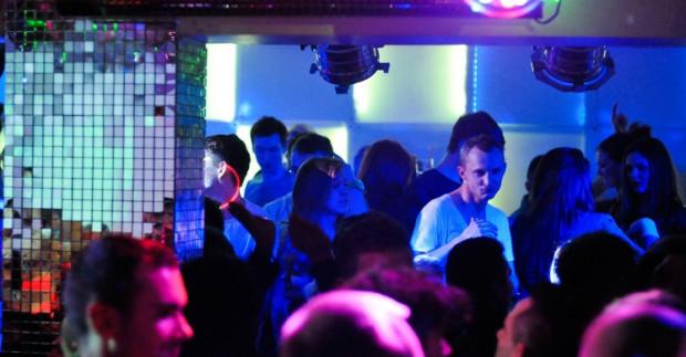 W Club Sixty9 często usłyszymy stare disco z lat 70. i 80.