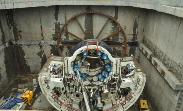 Kret, czyli maszyna TBM zacznie wiercenie pierwszego z tuneli jeszcze w marcu.