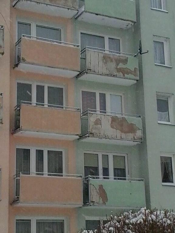 Stan balkonów na gdyńskim Witominie to nie tylko kiepskie wrażenia estetyczne, ale również realne niebezpieczeństwo dla mieszkańców.