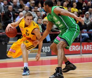 Adam Waczyński z każdym sezonem w Sopocie gra coraz lepiej oby więc grał tu jak najdłużej