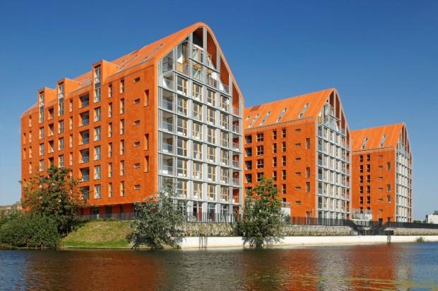 W piątek po południu, po niemal trzech tygodniach głosowania, Aura Gdańsk prowadzi w plebiscycie na najciekawszą inwestycję mieszkaniową oddaną do użytku w Trójmieście i okolicach.