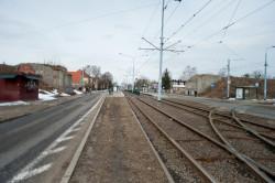 Po dawnym wiadukcie nad ul. Wita Stwosza pozostały jedynie przyczółki.