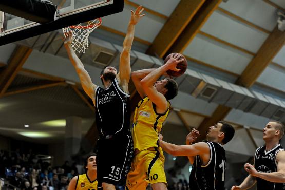 W przyszłym sezonie w II lidze ponownie zobaczymy koszykarzy z Sopotu, Gdyni i Gdańska. W obecnych rozgrywkach najbliżej awansu o klasę wyżej był Trefl II, który dotarł do półfinału.