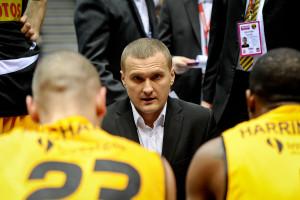 Trener Mariusz Niedbalski zapowiada walkę o drugie miejsce