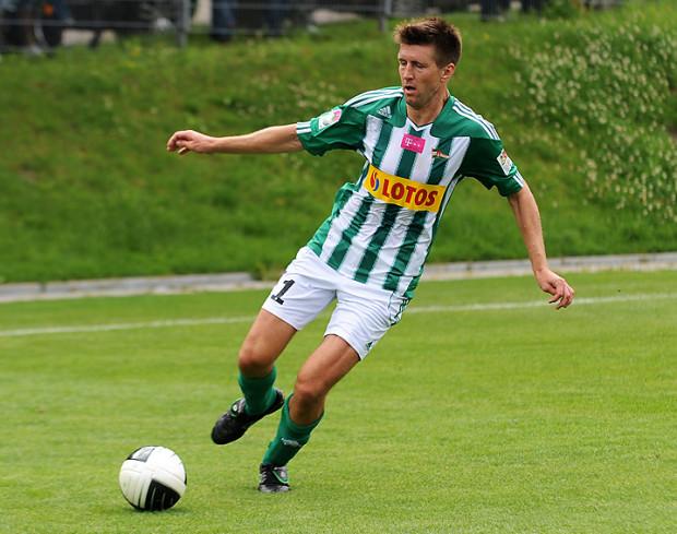 Grzegorz Rasiak zdobył swoją trzecią bramkę dla III-ligowych rezerw Lechii. Niestety, w ekstraklasie jego licznik zatrzymał się na jednym trafieniu.