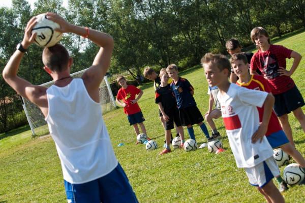 Często na kursy wychowawców kolonijnych zapisują się studenci kierunków związanych ze sportem i rekreacją.