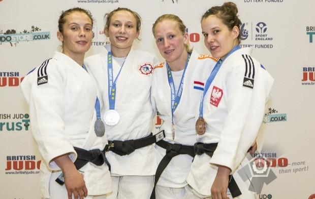 Zuzanna Pawlikowska (z prawej) w Londynie przegrała tylko z późniejszą triumfatorką turnieju, Francuzką Lucile Duport (druga z lewej).