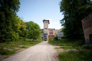 ... a w rozliczeniu otrzymać od kupującego nowo wybudowaną (zamiast m.in tego budynku) siedzibę przy ul. Sobótki we Wrzeszczu.