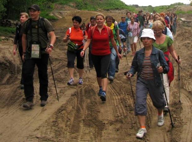 """Migawki ze """"żwawego spaceru po pracy"""" do Doliny Strzyży, zorganizowanego przez GR3miasto"""