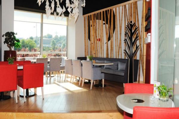 Moshi Moshi Sushi to miejsce idealne na lunch i biznesowe spotkanie.