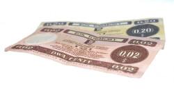 Bony towarowe to stosowany w okresie PRL środek płatniczy będący substytutem walut wymienialnych, ważny wyłącznie w wydzielonej sieci placówek handlowych - Pewex i Baltona.