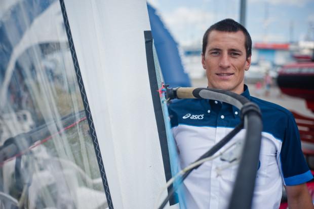 Maksymilian Wójcik przepłynął na desce z żaglem ze Szwecji do Polski pokonał 370 kilometrów.