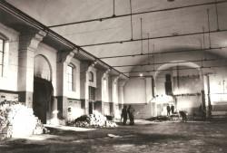Tak w 1972 r. wyglądało wnętrze dawnego kościoła Polonii gdańskiej.
