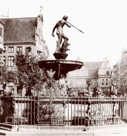 Najstarsza znana fotografia fontanny z 1893 roku.