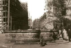 Fontanna na początku lat pięćdziesiątych XX w. Fot. H. Radowicz