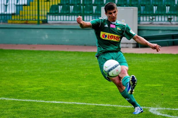 Gol Piotra Grzelczaka dał Lechii zwycięstwo w pierwszym letnim sparingu rozgrywanym na boisku przy Traugutta.