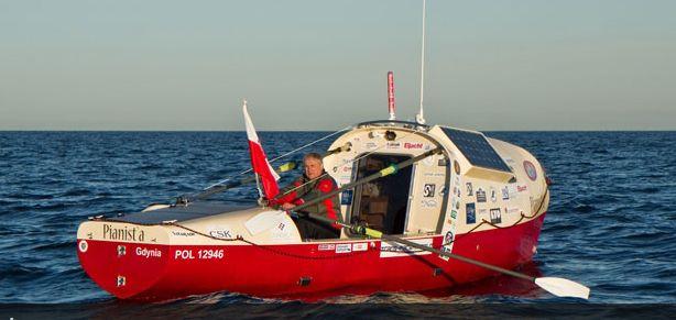 Romuald Koperski w poniedziałek przerwał swój rejs po Oceanie Spokojnym.