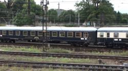 """Odrestaurowany wagon pociągu """"Classic Courier"""" z lat 80."""