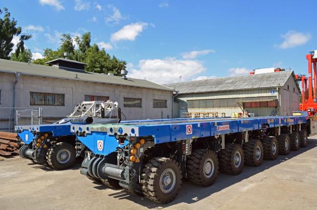 Zakupiony przez PZT zestaw składa się z czterech  4-osiowych naczep transportowych oraz dwóch jednostek napędowych, które mogą być łączone ze sobą w praktycznie dowolnych konfiguracjach.
