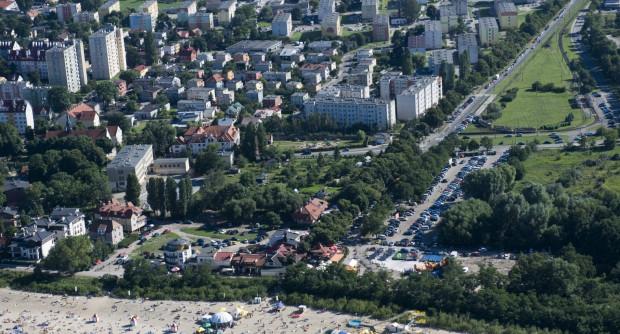 - Aby Brzeźno mogło sprostać konkurencji innych nadmorskich lokalizacji, musi wcześniej stanąć na własne nogi - pisze Piotr Grzelak.