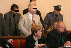 Współwłaścicielem jednej z działek w Brzeźnie, na której zgodnie z projektem planu można by było wybudować 30-metrowy budynek, jest Jan P. Nigdy nie skazano go prawomocnym wyrokiem sądu, natomiast przez lata uznawano go za domniemanego przywódcę kryminalnego podziemia na Stogach. Zdjęcie archiwalne z 2003 roku.