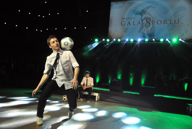 Freestyle football to pokaz efektownego panowania nad piłką.
