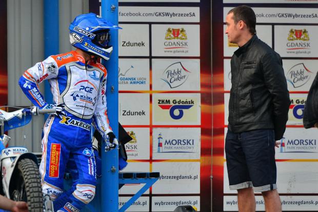 Pedersen (z lewej) w rozmowie z Renatem Gafurowem.