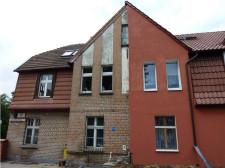 Często nawet sąsiedzi nie mogą się porozumieć w zakresie remontu elewacji.