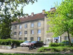 Ponad godzinę trwała dyskusja na temat odstąpienia od darowizny budynku UG  przy al. Grunwaldzkiej gdzie obecnie mieści się Kolegium Kształcenia Nauczycieli Języków Obcych UG.