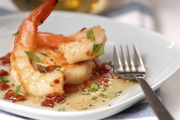 Ze względu na niską kaloryczność krewetki cieszą się ogromną popularnością wśród osób prowadzących zdrowy tryb życia, a wysoka zawartość białka sprawia, że uznanie znajdują również wśród kulturystów.
