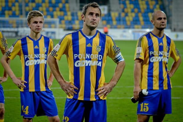 Piłkarze Arki w meczu z Energetykiem ROW Rybnik byli bardzo często bezradni.