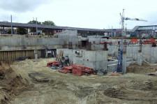 Inwestycja będzie powiązana z podziemnym zbiornikiem retencyjnym powstającym na terenie przyszłej Galerii Metropolia.