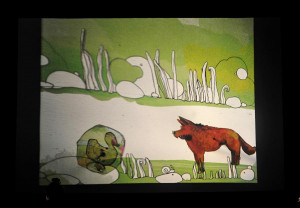 Rysunki prezentowane na foliach na rzutniku i wyświetlane na ekranie z tyłu sceny podczas spektaklu przywodzą na myśl kreskówki z lat PRL-u. Ujmują prostotą i określoną estetyką.