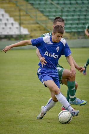 Bałtyk po juniorów sięga przede wszystkim z konieczności, ale  18-letni Paweł Rasmus zbiera ostatnio pochwały od trenera Budziwojskiego.
