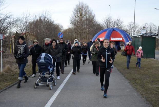 """W sobotę w """"Gdyńskim poruszeniu"""" kilometrowy odcinek będzie można pokonać biegiem, na rowerze oraz z kijkami do nordic walking."""