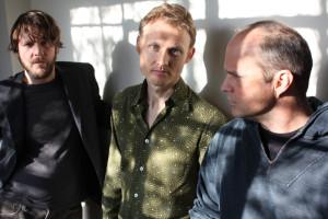 Medeski, Martin & Wood zagrają 9 listopada. Niestety nie ma już biletów na występ tego wizjonerskiego trio. To znak, że nie należy zwlekać z kupnem wejściówek na pozostałe koncerty. Festiwal Jazz Jantar cieszy się dużą popularnością.