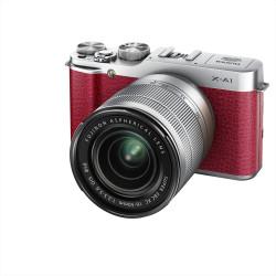 Fuji X-A1 jeden z najtańszych bezlusterkowców; w komplecie z obiektywem 2,4 tys. zł.
